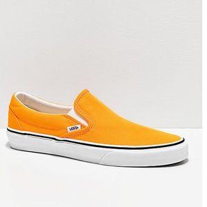 Vans classic slip on neon orange